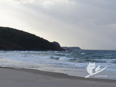 写真:11月8日 鳥取 小波からのチョッピー無人サーフで草生えるwww