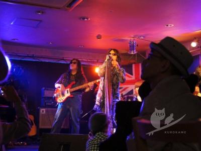 写真:茨木市のライブバー Mariana CAFE 1st Anniversary Party!