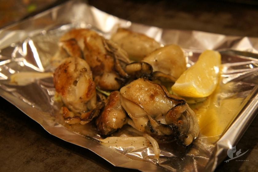 大阪・北加賀屋「お好み焼きハウスMON」の牡蠣