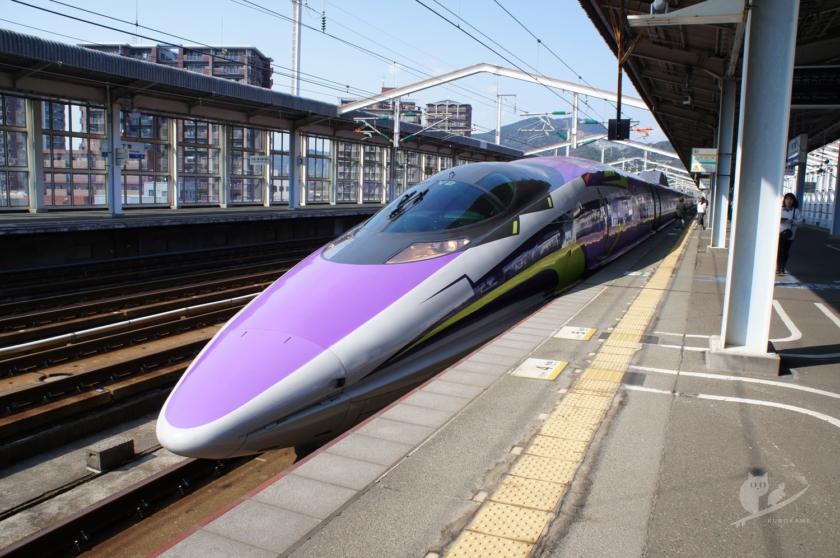 500TYPE エヴァンゲリオン新幹線・新下関駅にて