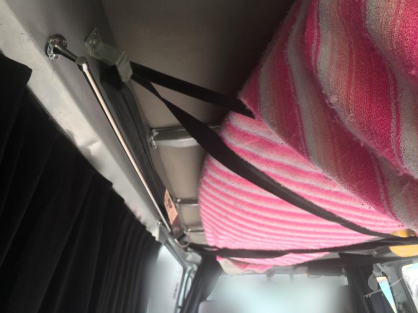 サーフボード天井積み用ベルト設置